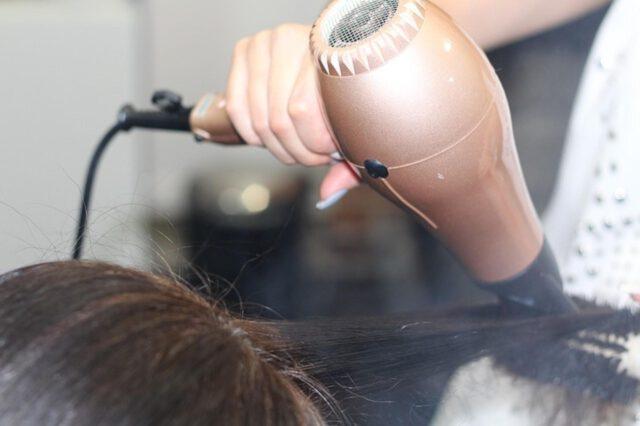 okrągła twarz fryzury
